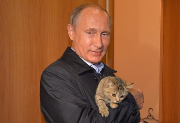 Путин во время поездки в Хакасию. 2015