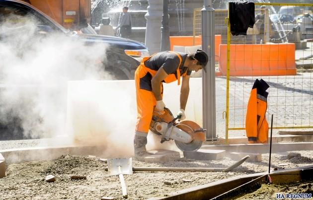 Минтруд предложил установить долю мигрантов в строительстве в 65%
