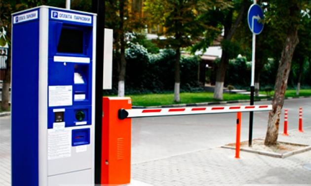 От платных парковок Барнаулу никуда не деться: мнения