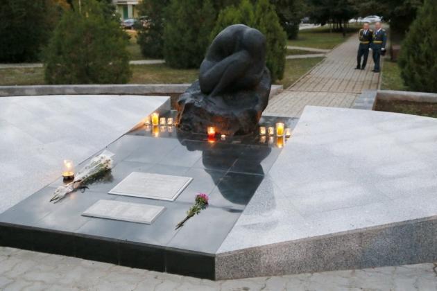 Мемориал в память жертв теракта в Волгодонске: фото volgodonskgorod.ru