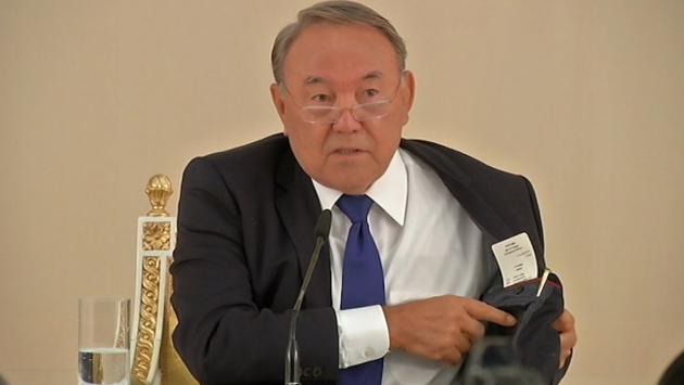Президент Казахстана лично прорекламировал продукцию местных предприятий