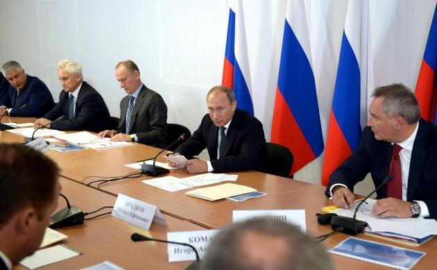 В Оренбуржье Владимир Путин провел заседание Военно-промышленной комиссии.