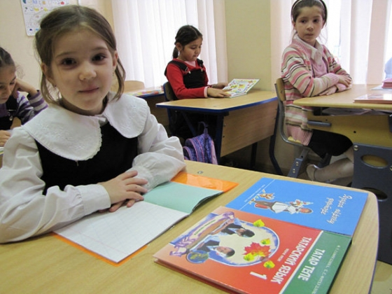 В Казани родителям учеников навязывают дополнительный час татарского языка
