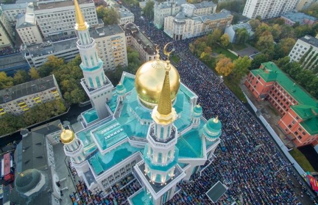 Новая Соборная мечеть в Москве.