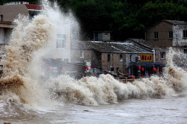 Тайфун «Мучжигэ» на юге Китая унес жизни пяти человек