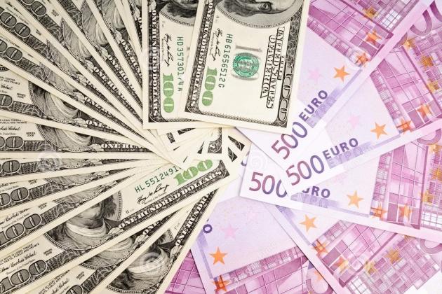 Официальный курс евро опустился ниже 73 рублей