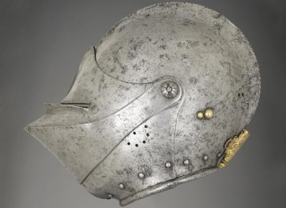 Шлем крестоносца.