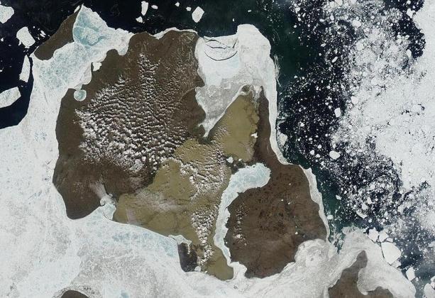 Остров Котельный. Вид со спутника.