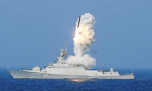 Пуск крылатой ракетой «Калибр».