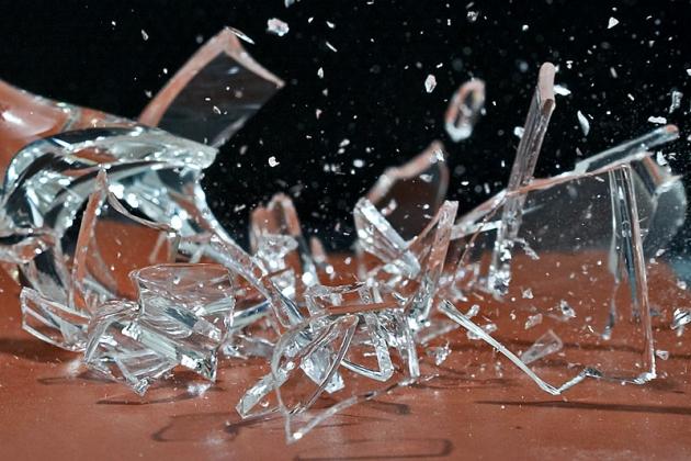 РАН уже разрушена, но «реформы» науки ещё впереди. Иллюстрация: talkyland.com