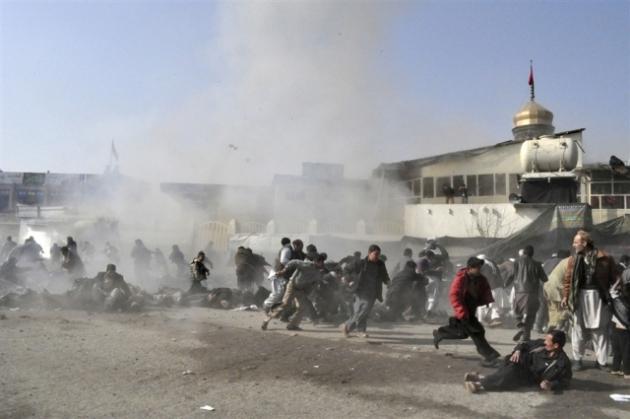 Террорист-смертник пытался подорвать армейскую колонну в центре Кабула