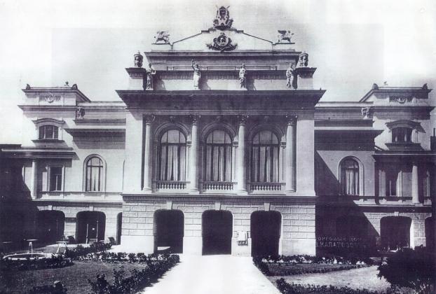 Тбилисский театр им.Грибоедова празднует 170-летие