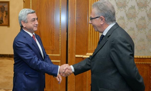 Президент Армении Серж Саргсян и Джиани Букикио. © Пресс-служба президента Армении