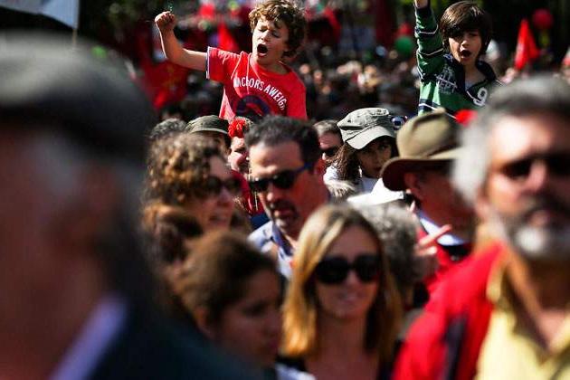 Революция в Грузии стучится в окно и может войти в дверь