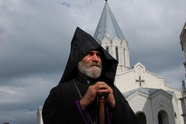 Erməni vəhşiliyini təsdiq edən erməni