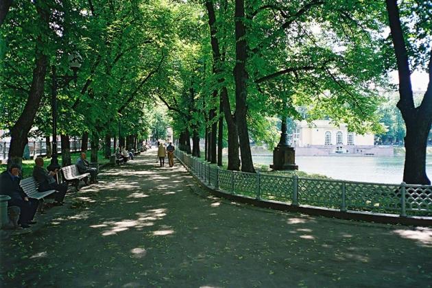 В Мосгордуме одобрили установку памятника Булгакову на Патриарших прудах