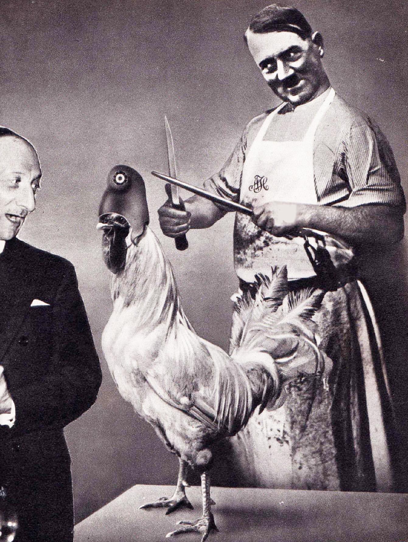 Шедевры политического арта. Джон Хартфилд. Фотомонтажный антифашистский плакат. Гитлер точит ножи, готовясь зарезать французского петуха. Глава МИД Франции Жорж Бонне: «Не бойтесь. Гитлер— вегетарианец». Май 1939 года