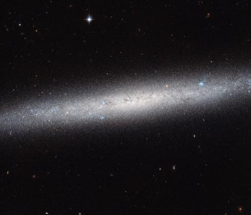 Фотография края галактики NGC 5023, сделанной аппаратом «Хаббл»