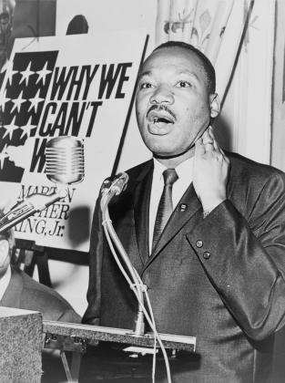 Мартин Лютер Кинг на пресс-конференции. 8 июня 1964