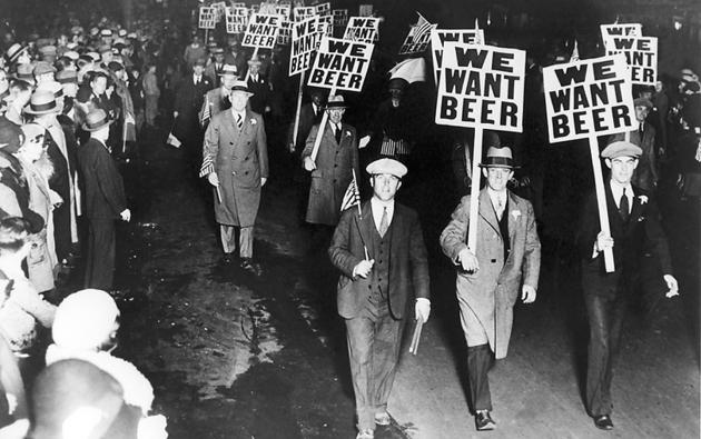 Выросшее при «сухом законе» в США поколение морально и физически здоровых людей захотело попробовать вкус пива