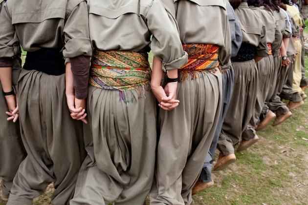 Танец в курдских национальных одеждах