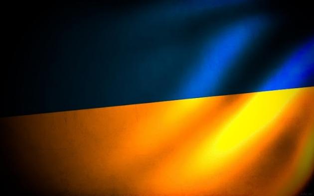 «Вихри враждебные веют над нами. Тёмные силы нас злобно гнетут...» Флаг Украины и предгрозовая тьма