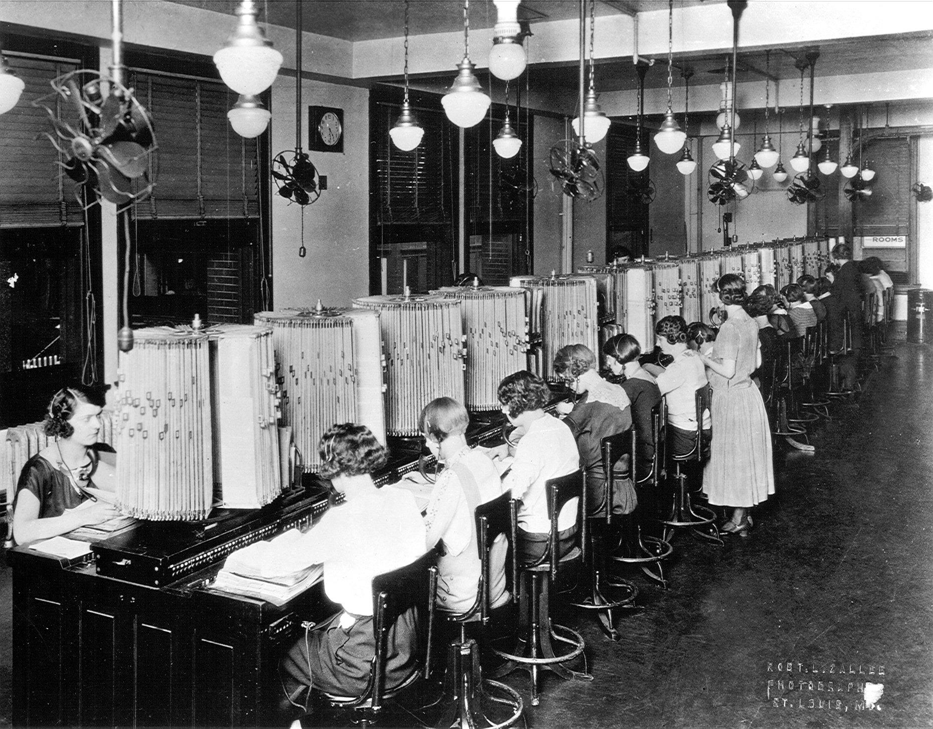 Центральное справочное бюро. Сент Луис, Миссури. 1920