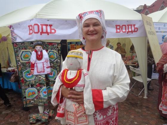 На фото: Ольга Конькова, автор книги «Водь. Очерки истории и культуры».