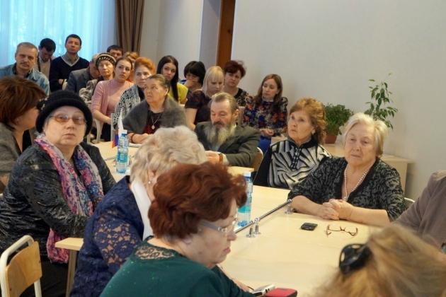«заинтересованная общественность»  Тальменки на встрече с представителями духовенства и администрации района