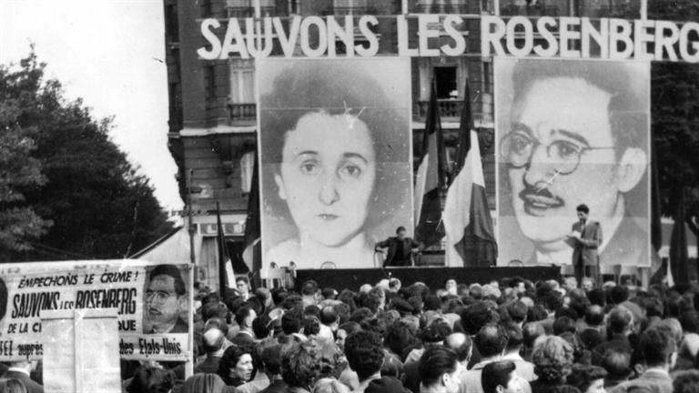 a discussion on the execution of julius and ethel rosenberg russian spies Julius and ethel rosenberg were convicted of several spies put on trial by the us and britain in the cold war the legacy of ethel and julius rosenberg.