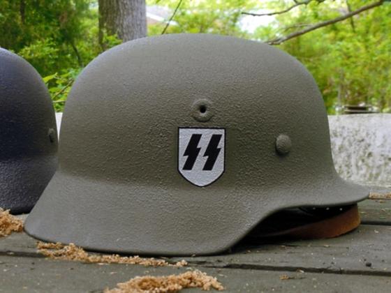 Каска солдата Waffen-SS