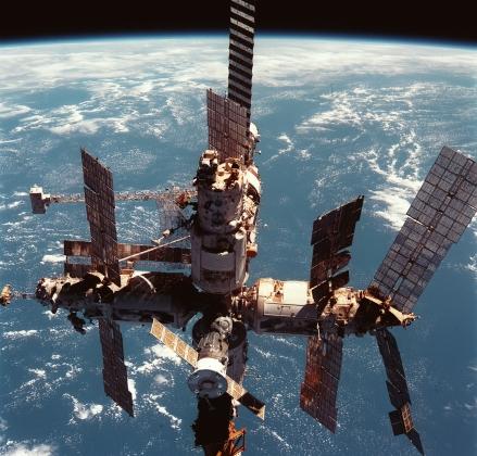 Орбитальная станция «Мир». 12 июня 1998 года