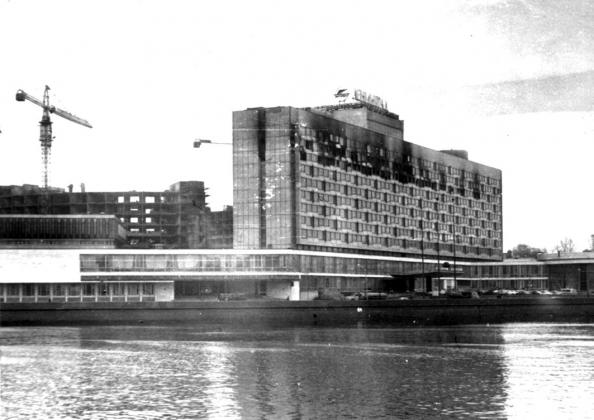 Гостиница «Ленинград» после пожара. Фото из архива ГУ МЧС России по г. Санкт-Петербургу