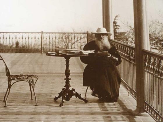 Лев Николаевич Толстой в Крыму
