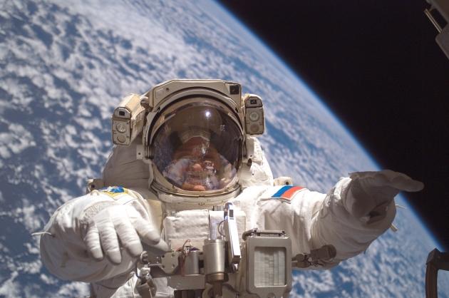 Международная космическая станция (МКС). Открытый космос