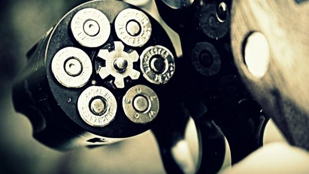 14-летний подросток устроил стрельбу в школе в США