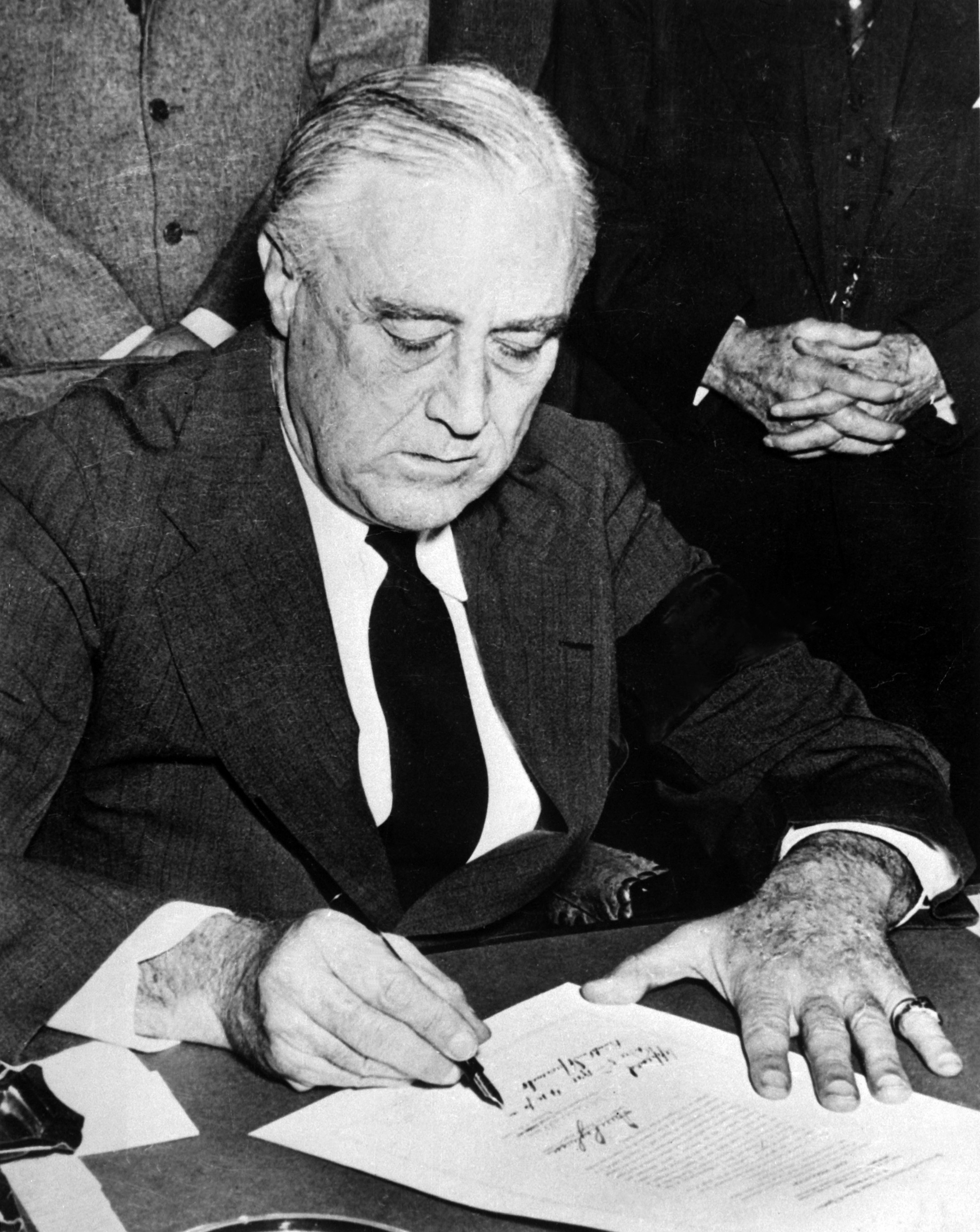 the controversial political conspiracy of 1933 in the united states to overthrow president roosevelt Franklin d roosevelt was in his second term as governor of new york when he was elected as the nation's with the country mired in the depths of the great depression, roosevelt immediately acted to reelected by comfortable margins in 1936, 1940 and 1944, fdr led the united states from.