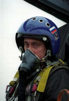 Предвыборная кампания 2000 года. И.о. президента РФ Владимир Путин на Северном флотев Чечне. 2000