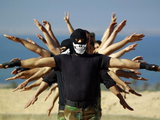 В «адский котел» взаимных обвинений и угроз острую приправу подсыпают и джихадисты