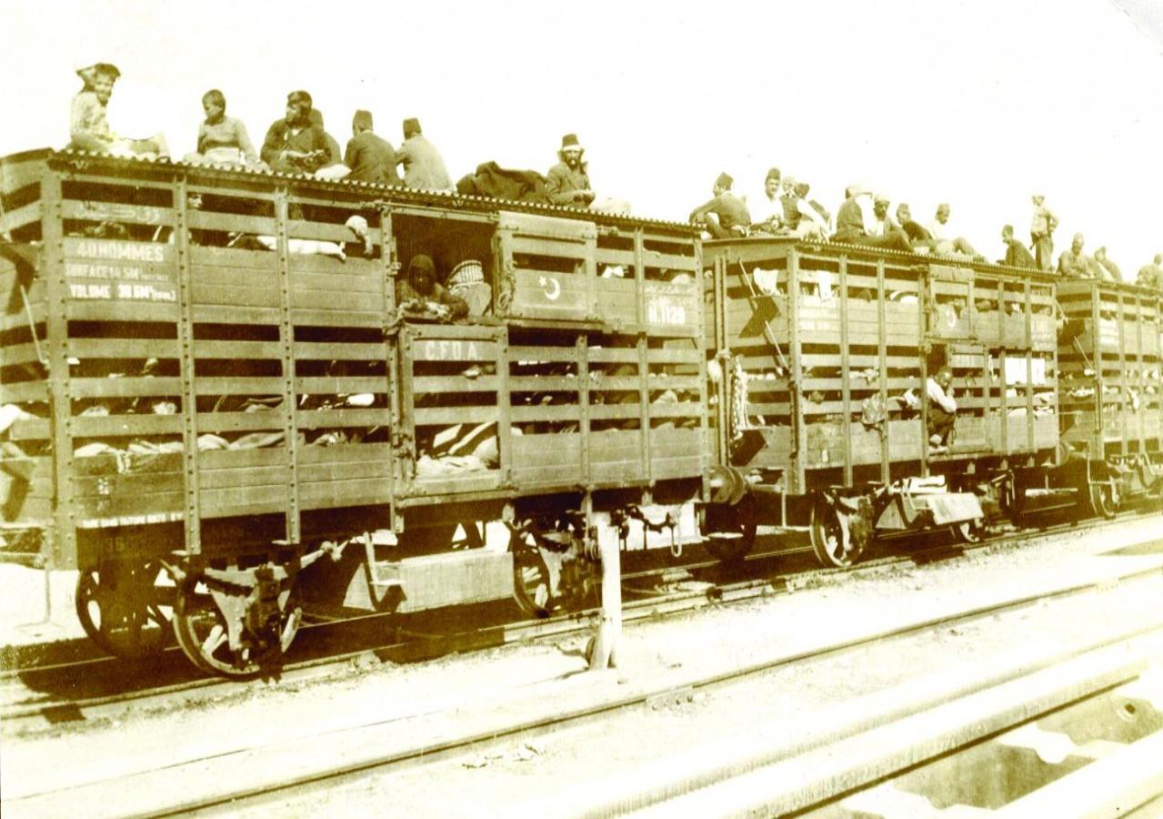Депортация армян по Багдадской железной дороге. 1915