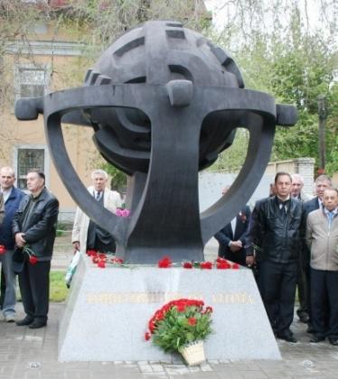 Жертв аварии в Чернобыле почтили минутой молчания в Волгограде