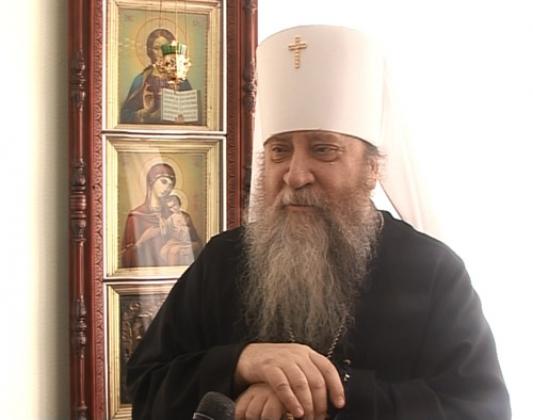 Оренбургский митрополит не видит проблемы в совпадении двух праздников