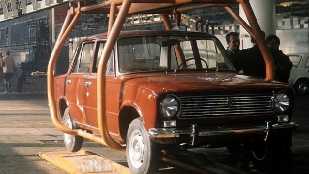 Самые первые шесть ВАЗ-2101 сошли с конвейера 19 апреля 1970 года
