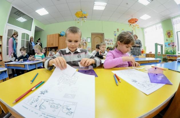 Медведев обратил внимание на ситуацию с очередями в детсады под Тверью