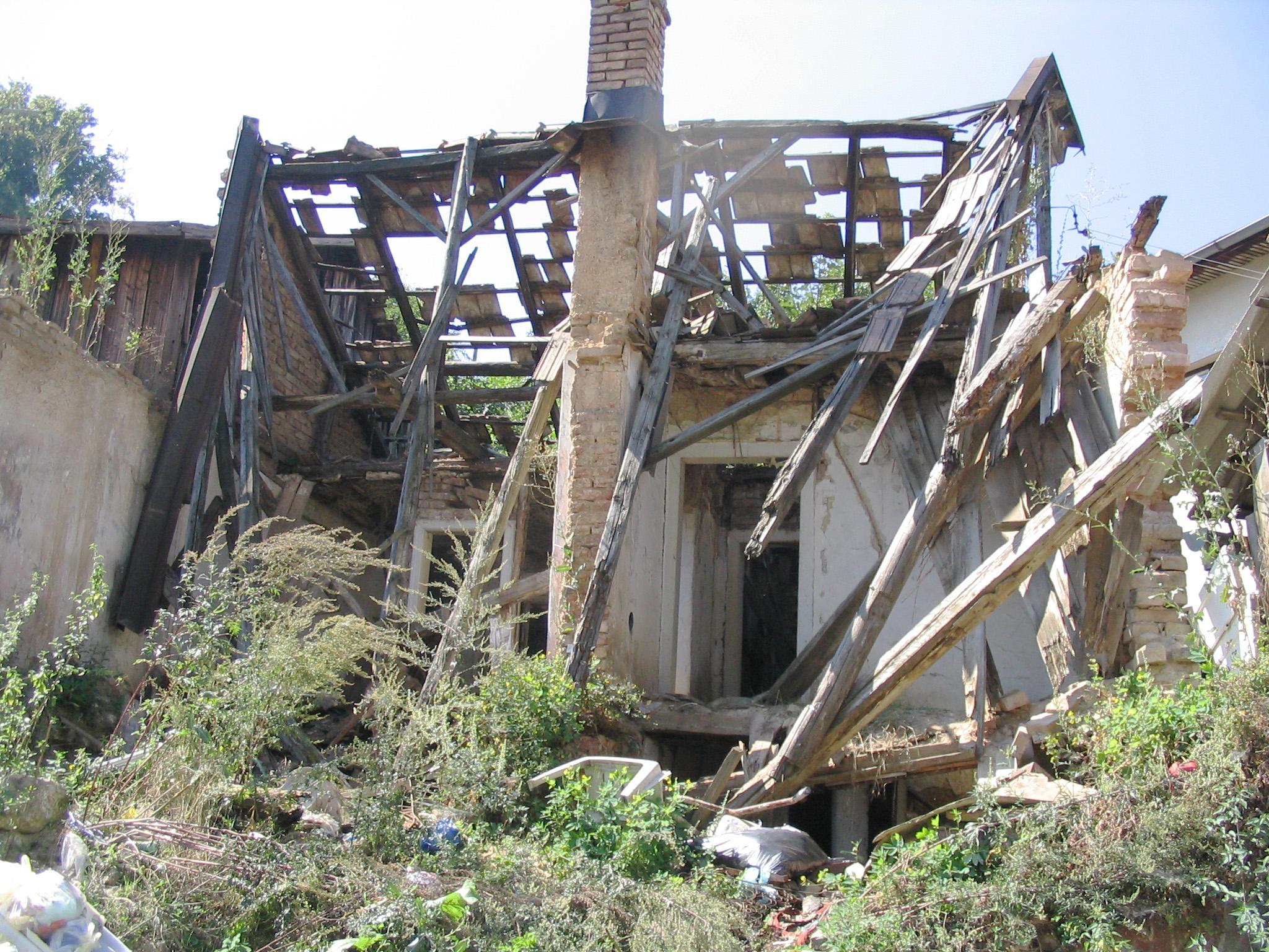 ознакомиться картинка разбитого дома выпечки заключается только