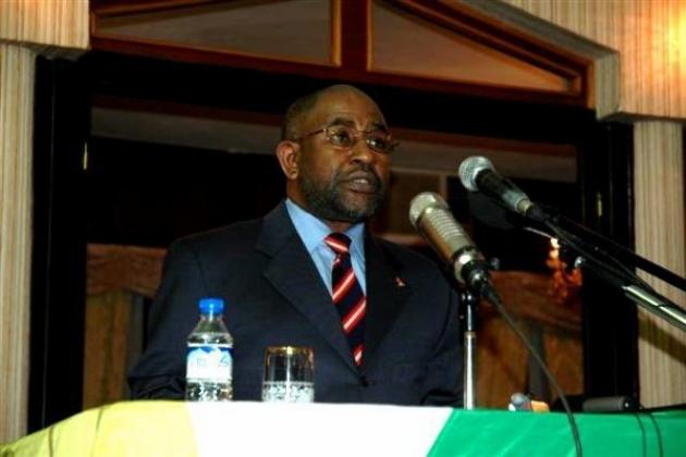 Президент Занзибара отправился на Коморы