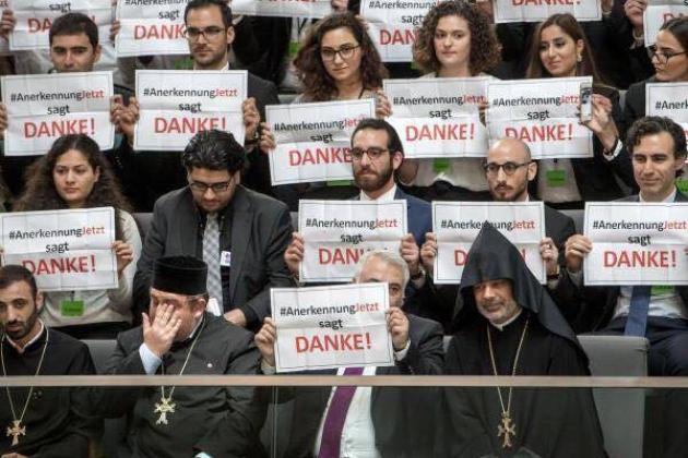 Резолюция Бундестага: Благодарность Саргсяна и критика социальных сетей