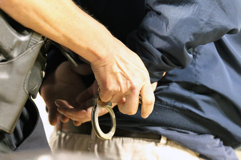 В Севастополе задержана банда вымогателей . Полиция ищет жертв ОПГ