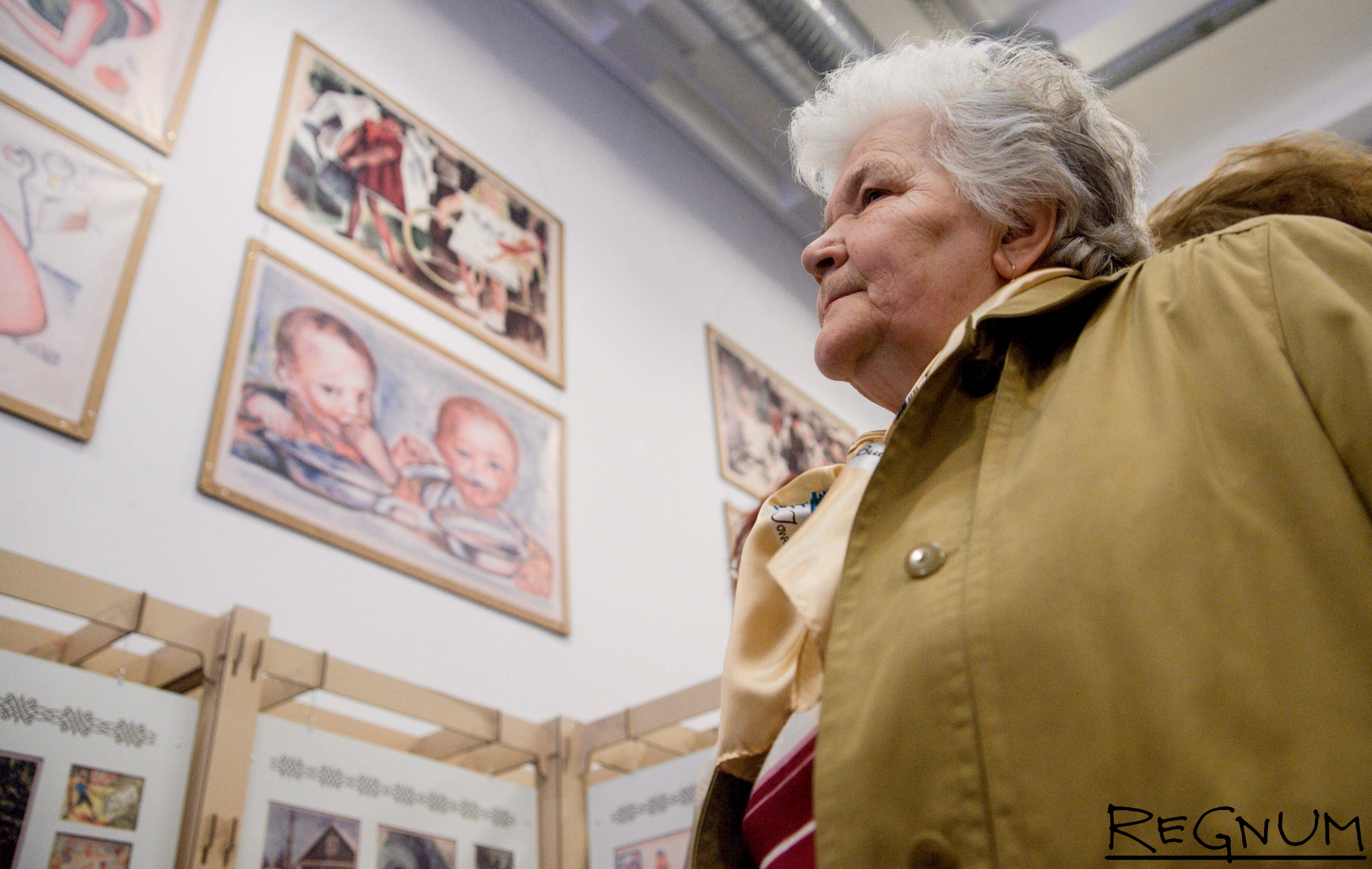 Мартом, музей открыток в москве