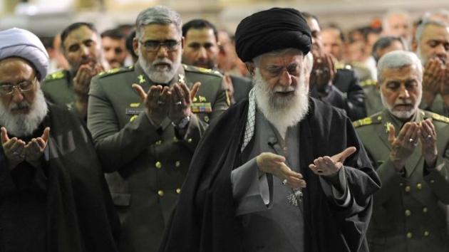 Аятолла Али Хаменеи. Молитва